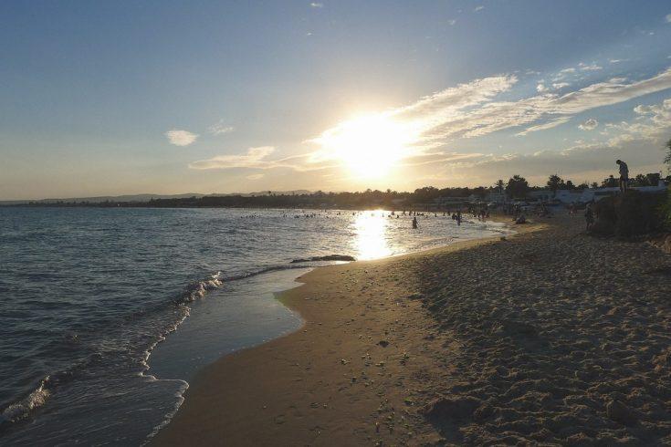 Море и пляж в Тунисе