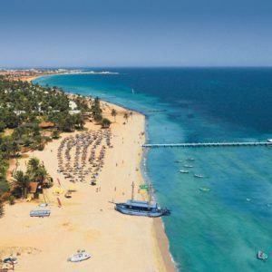 Побережье тунисского курорта остров Джерба