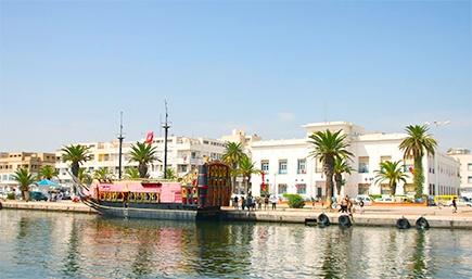 Набережная в курорте Суcс, Тунис