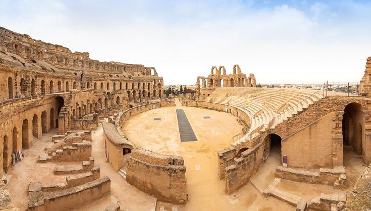Экскурсия в Сахару из Хаммамета начинается с посещения Эль-Джема