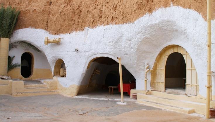 Во время экскурсии в Сахару вы посетите берберскую деревню