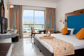Рейтинг лучших отелей с теплым бассейном в Тунисе